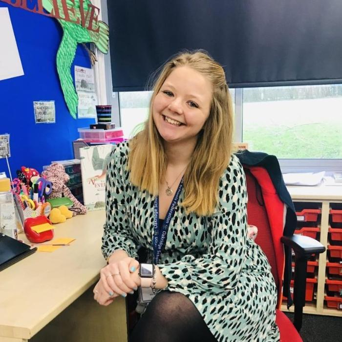 Alumni Profile - Bee, BSc (Hons) Geography and PGCE Primary